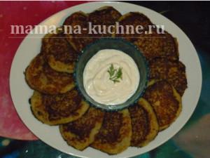 vkusnye-kartofelnye-draniki-mama-na-kuchne-.ru-sajt